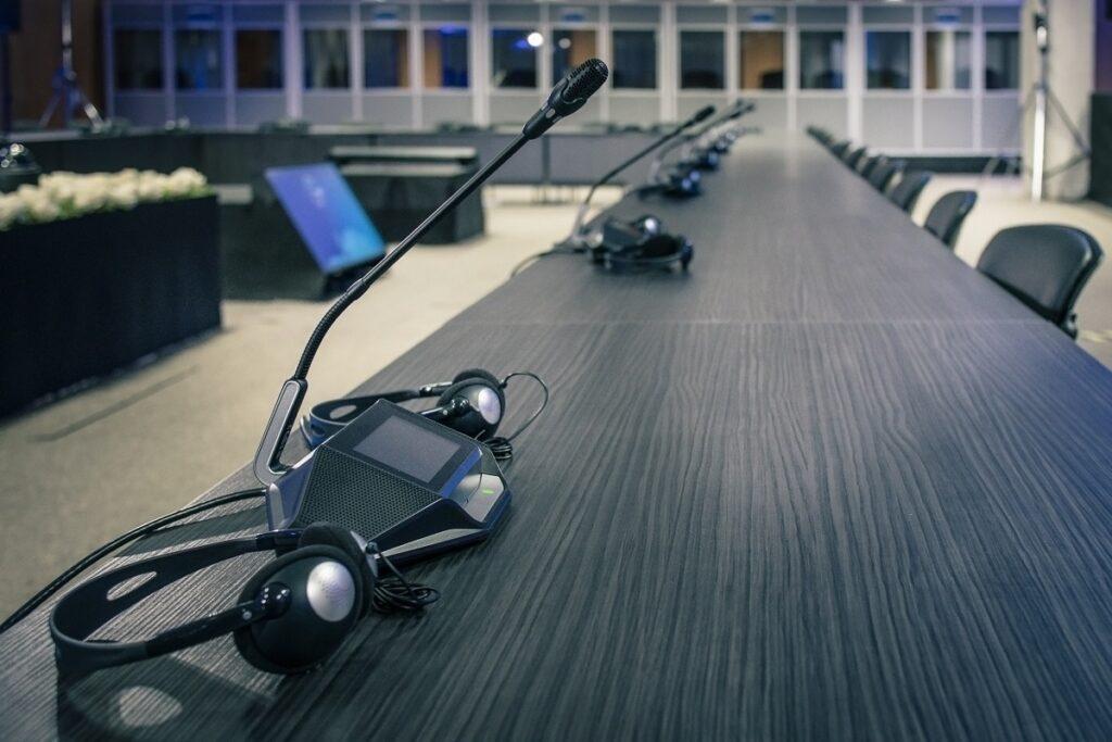 Conference Interpretation - Different Facets of Translation Services